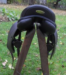 HD Extra Dressage Cantle